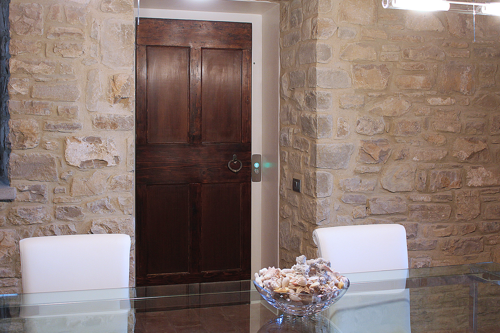 Private Villa with costumized wood door Firenze